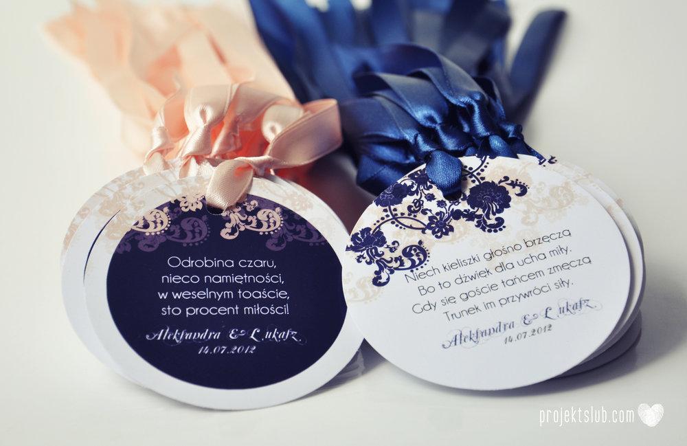 Klasyczne zaproszenie ślubne Granatowa Elegancja beżowa dodatki i dekoracje ślubne Projekt Ślub (23).jpg