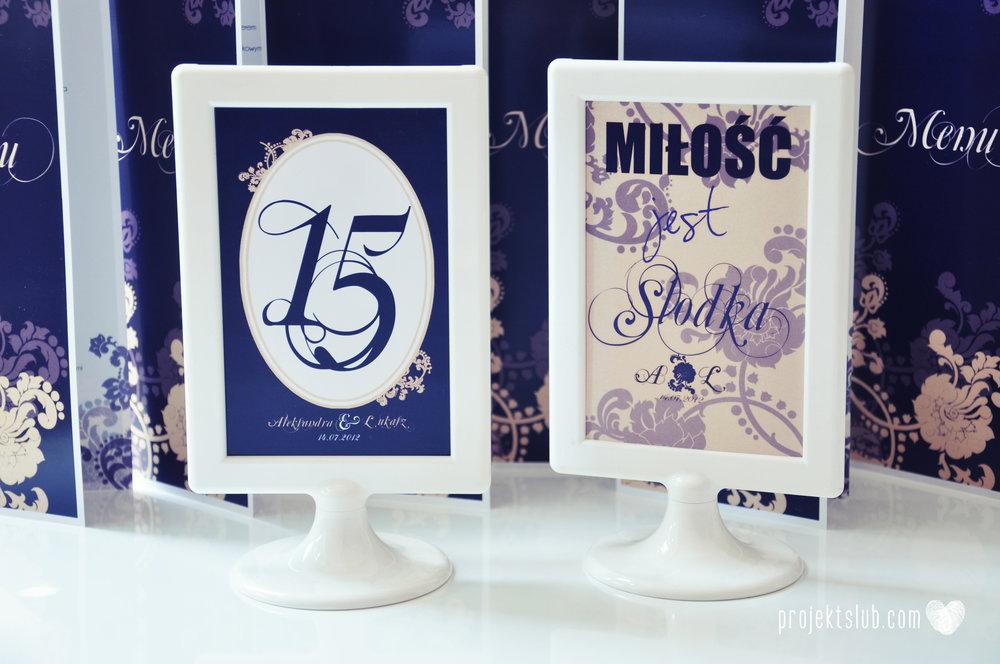 Klasyczne zaproszenie ślubne Granatowa Elegancja beżowa dodatki i dekoracje ślubne Projekt Ślub (33).jpg