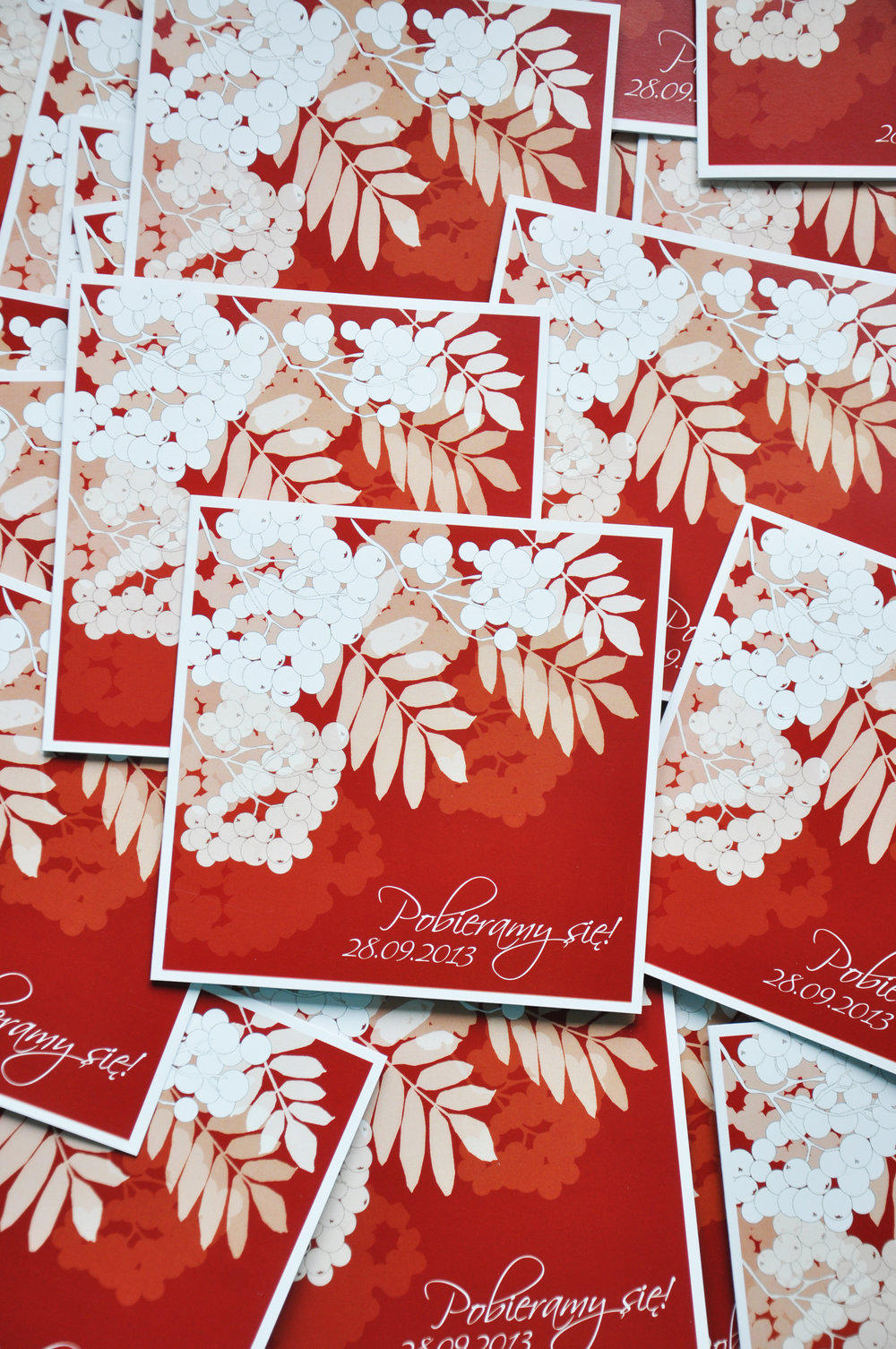 Zaproszenia ślubne jarzębinowa elegancja czerwień bordo biel eleganckie klasyczne z jarzębiną Projekt Ślub (2).JPG