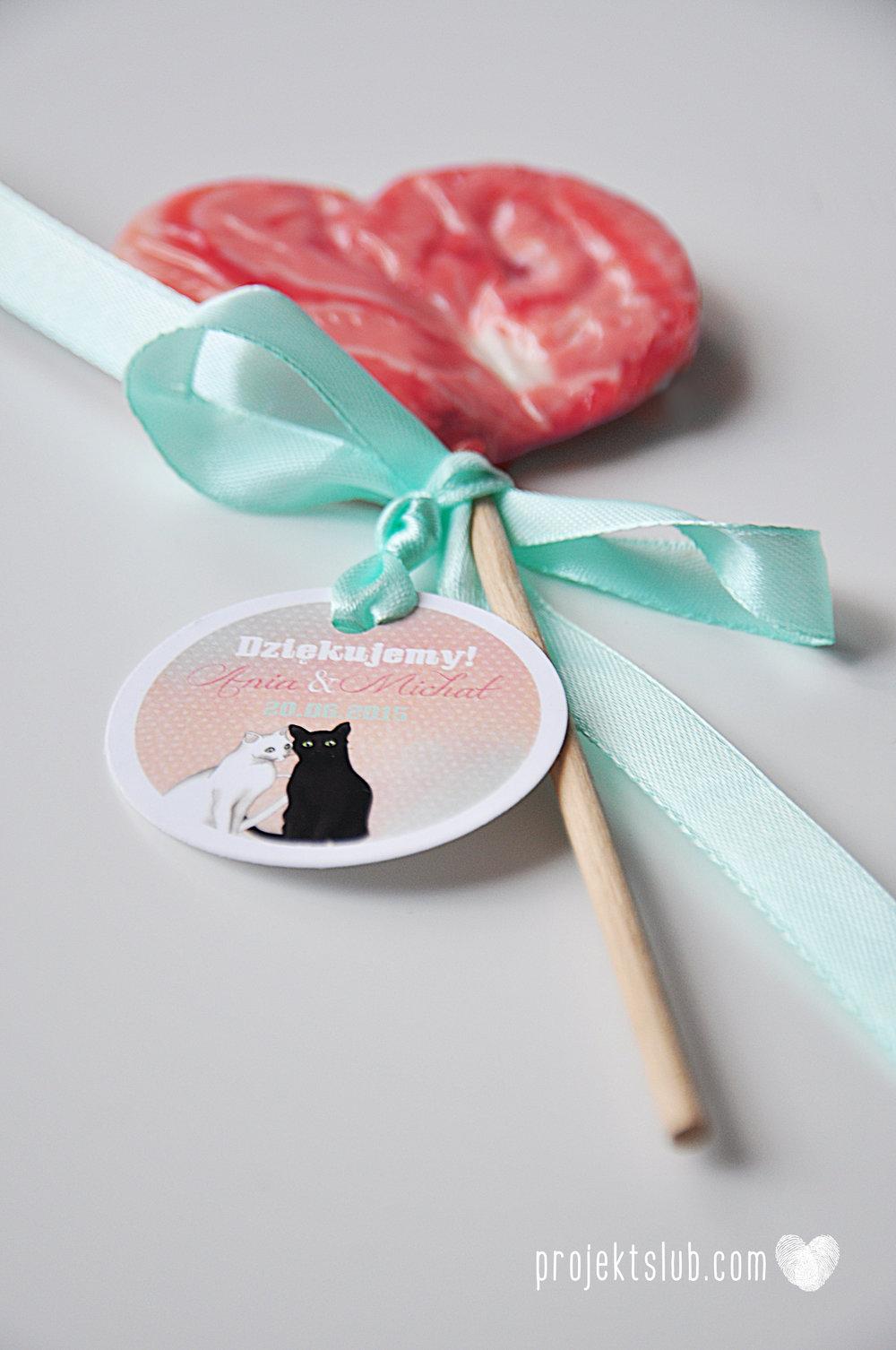 zaproszenia ślubne koty pastelowe zabawne para kotów humorystycze zaproszenie z kotem projekt ślub róż błękit biel (15).JPG