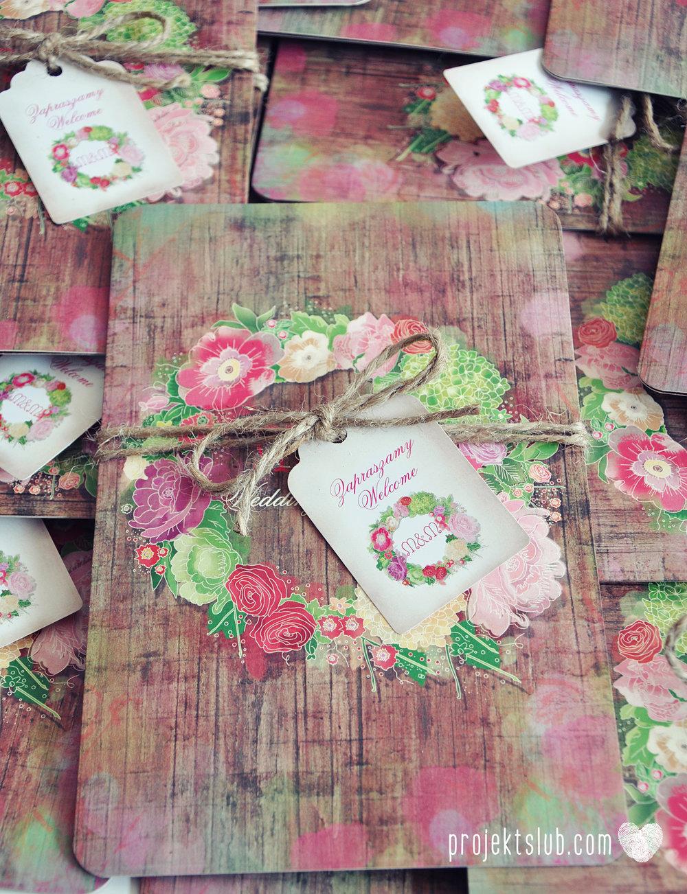 Zaproszenia ślubne wedding festival wianki kwiatowe drewno eko rustykalne boho kolorowe kwiaty festiwalowe wesele Projekt Ślub  (24).JPG