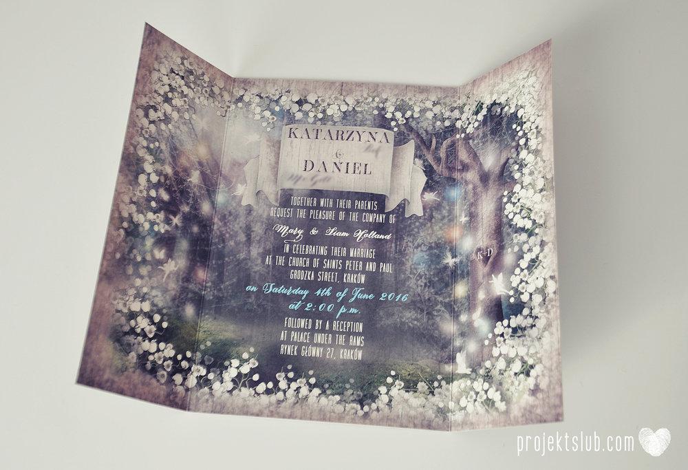 Zaproszenie ślubne zaczarowany las z motywem konwali w stylu rustykalnym z akcentami turkusu i rysunkiem drewna (11).JPG