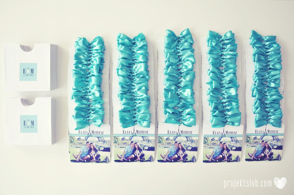 zaproszenia ślubne fashionelki wieża eiffel paryż piktogramy elegancki minimalizm błękit kolor tiffany zdjęcie narzeczonych Projekt Ślub (1).jpg