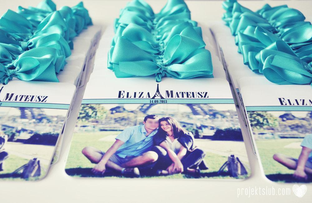 zaproszenia ślubne fashionelki wieża eiffel paryż piktogramy elegancki minimalizm błękit kolor tiffany zdjęcie narzeczonych Projekt Ślub (5).jpg