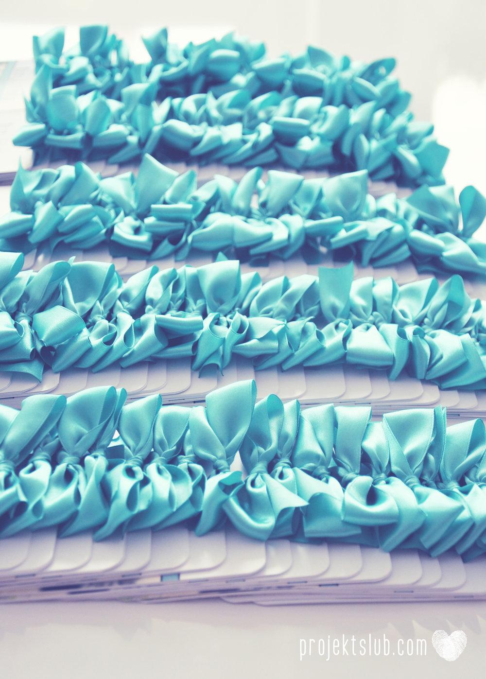 zaproszenia ślubne fashionelki wieża eiffel paryż piktogramy elegancki minimalizm błękit kolor tiffany zdjęcie narzeczonych Projekt Ślub (4).jpg