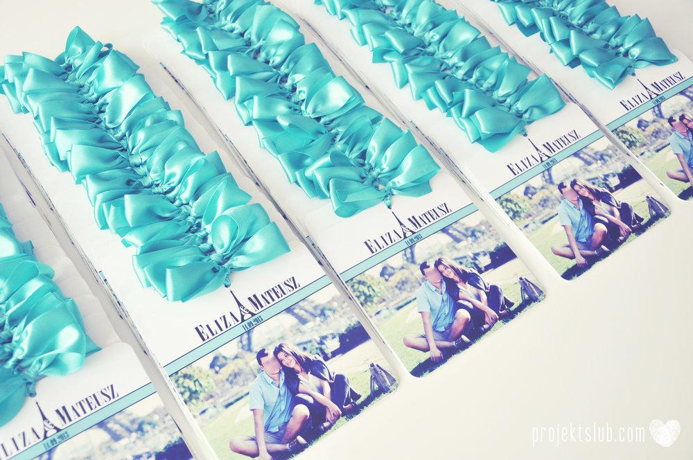 zaproszenia ślubne fashionelki wieża eiffel paryż piktogramy elegancki minimalizm błękit kolor tiffany zdjęcie narzeczonych Projekt Ślub (6).jpg