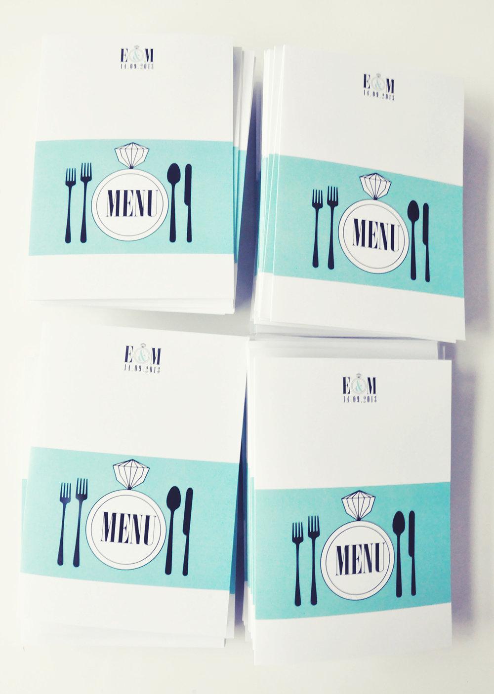 zaproszenia ślubne fashionelki wieża eiffel paryż piktogramy elegancki minimalizm błękit kolor tiffany zdjęcie narzeczonych Projekt Ślub (8).JPG