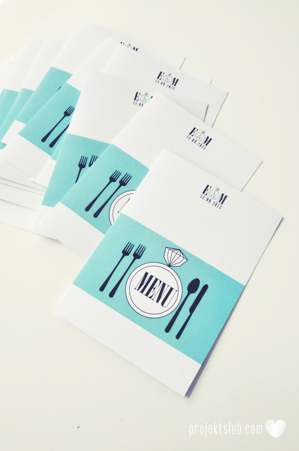 zaproszenia ślubne fashionelki wieża eiffel paryż piktogramy elegancki minimalizm błękit kolor tiffany zdjęcie narzeczonych Projekt Ślub (18).JPG