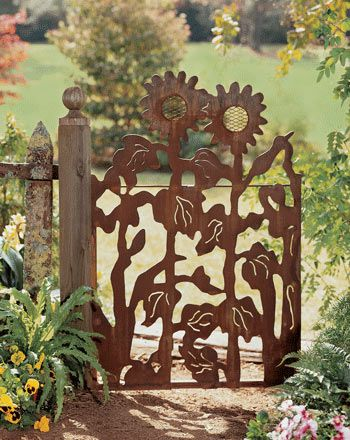 gate_sunflower.jpg