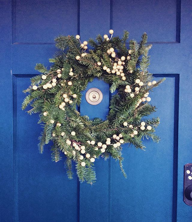 Every year he asks me what I want him to make. Every year I tell him to be creative, that I trust him. Every year he makes something better than the year before. #myhusbandcanmakeanything #macgruber #holiday #wreath  #navy #blue #front #door #pine #green #colorlove #christmasdecorations #losangeles #december #toomuchbeauty