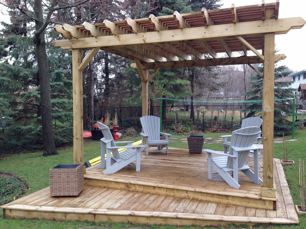 pergola.kitchener.JPG