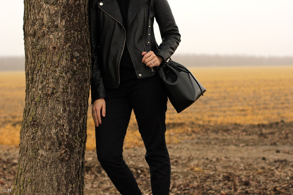 567-twelveofour-take-two-madewell-masur-gavriel-all-black-outfit-IMG_5681.jpg