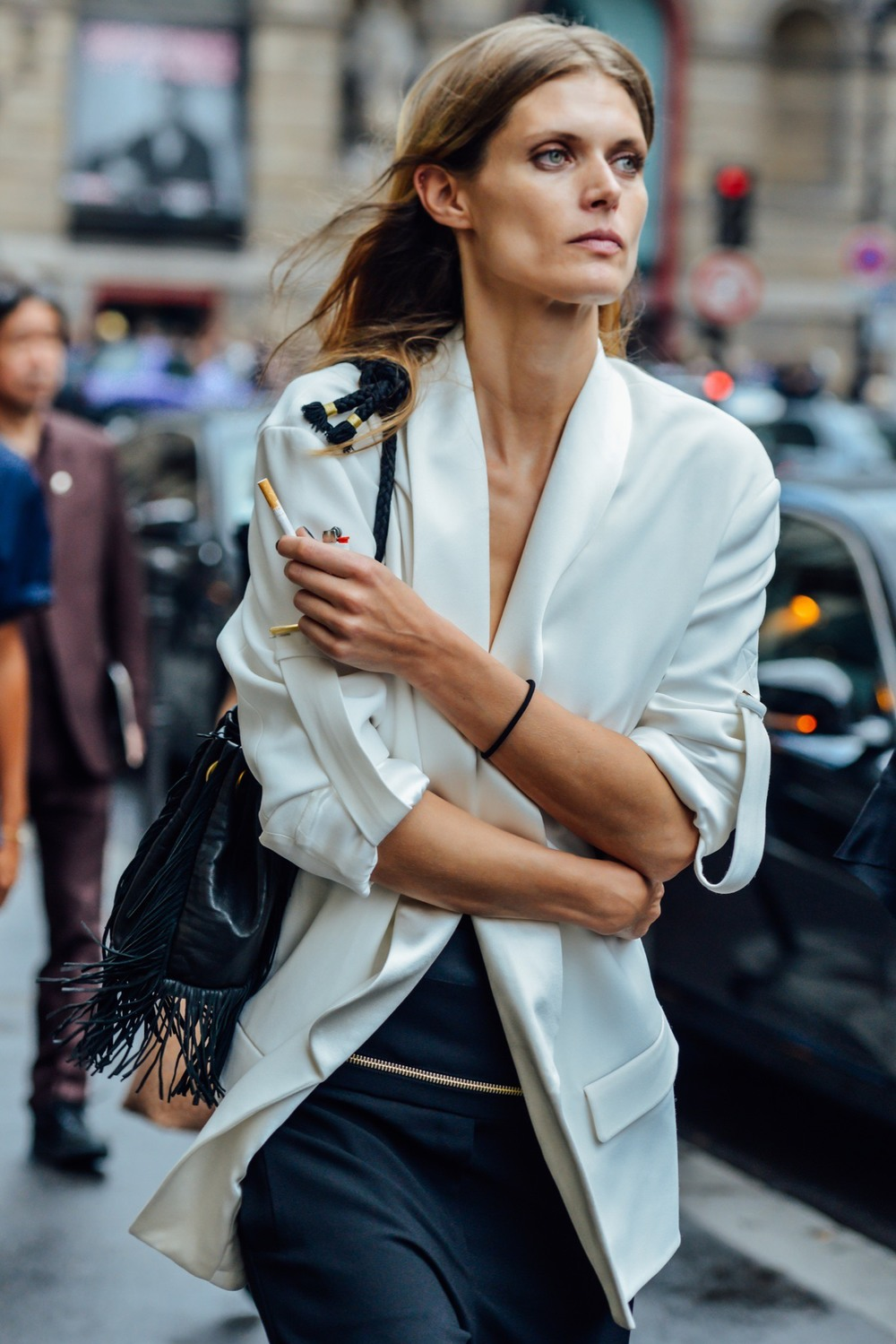 08-fall-2015-couture-street-style-04.jpg