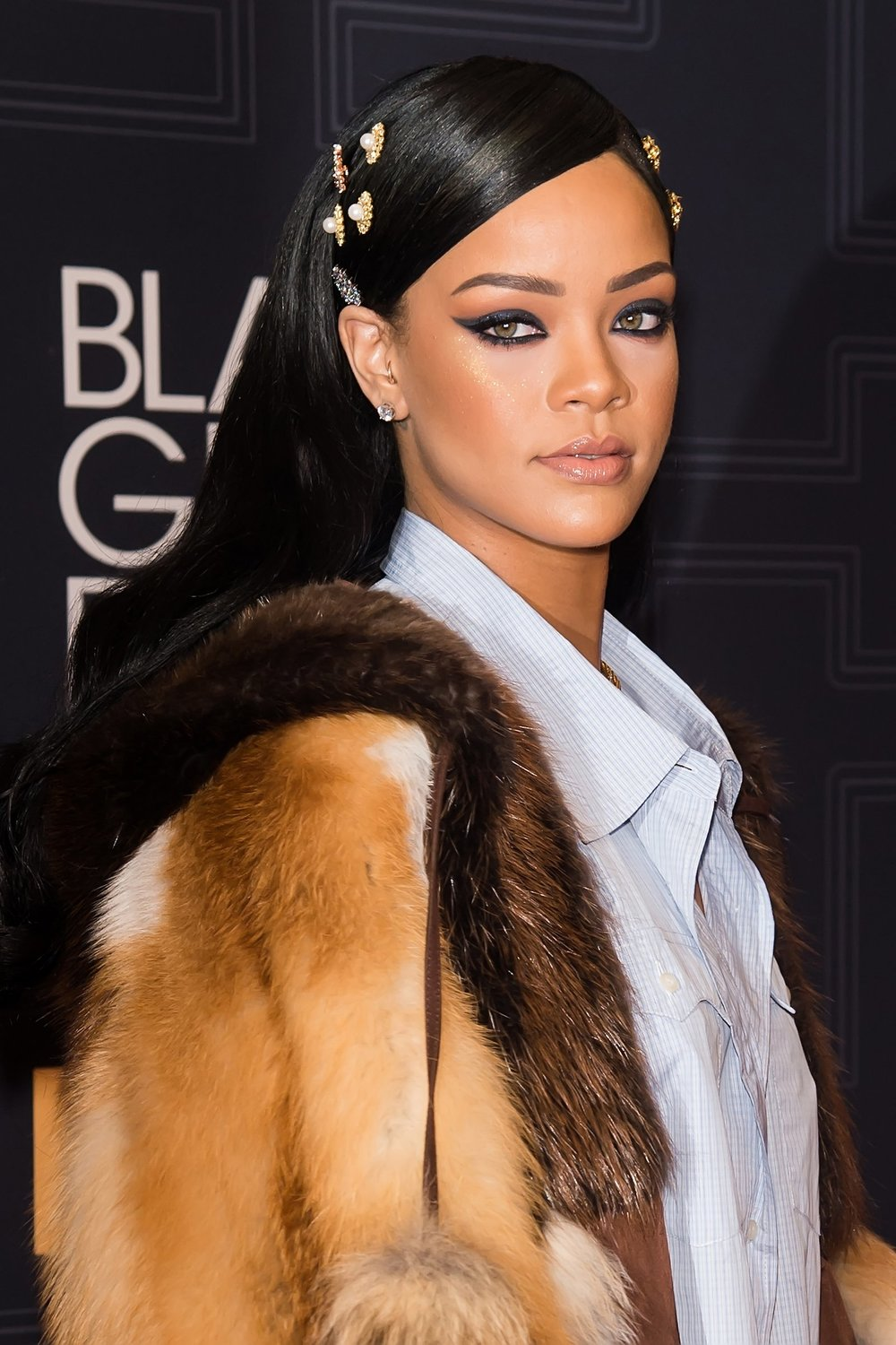 1-rihanna-hair-accessories.jpg