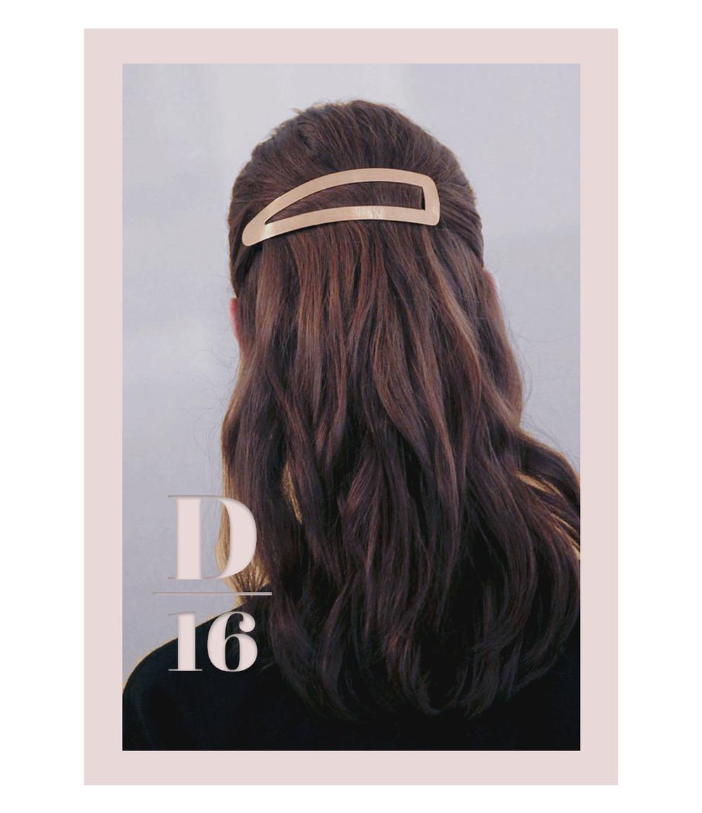 POV 001 : Christian Dior, cover