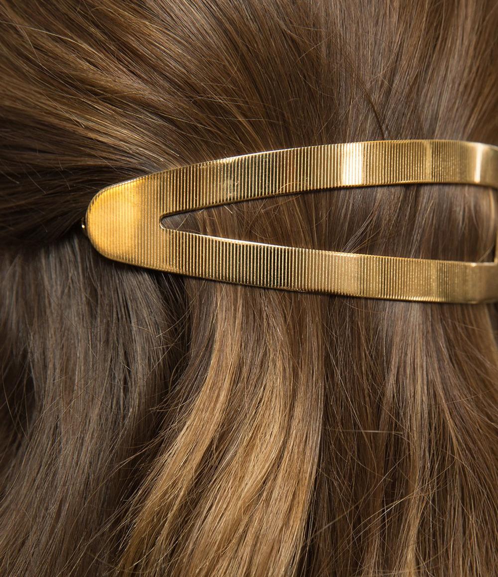 Christian Dior Fall 2016 detail, hair