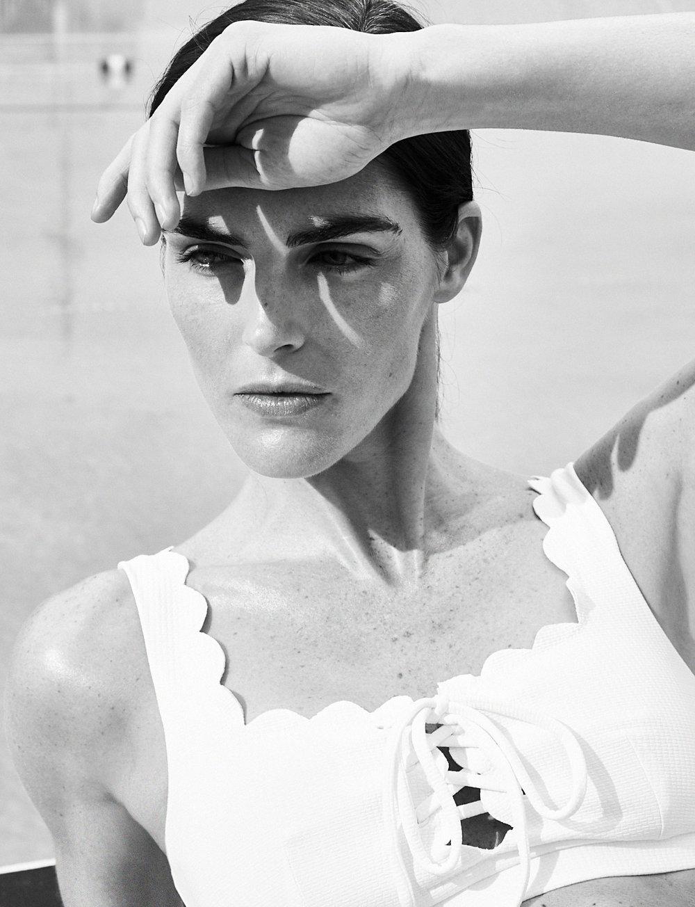 ED_CH_v5_MARYSIA_white-bikini-closeup.jpg