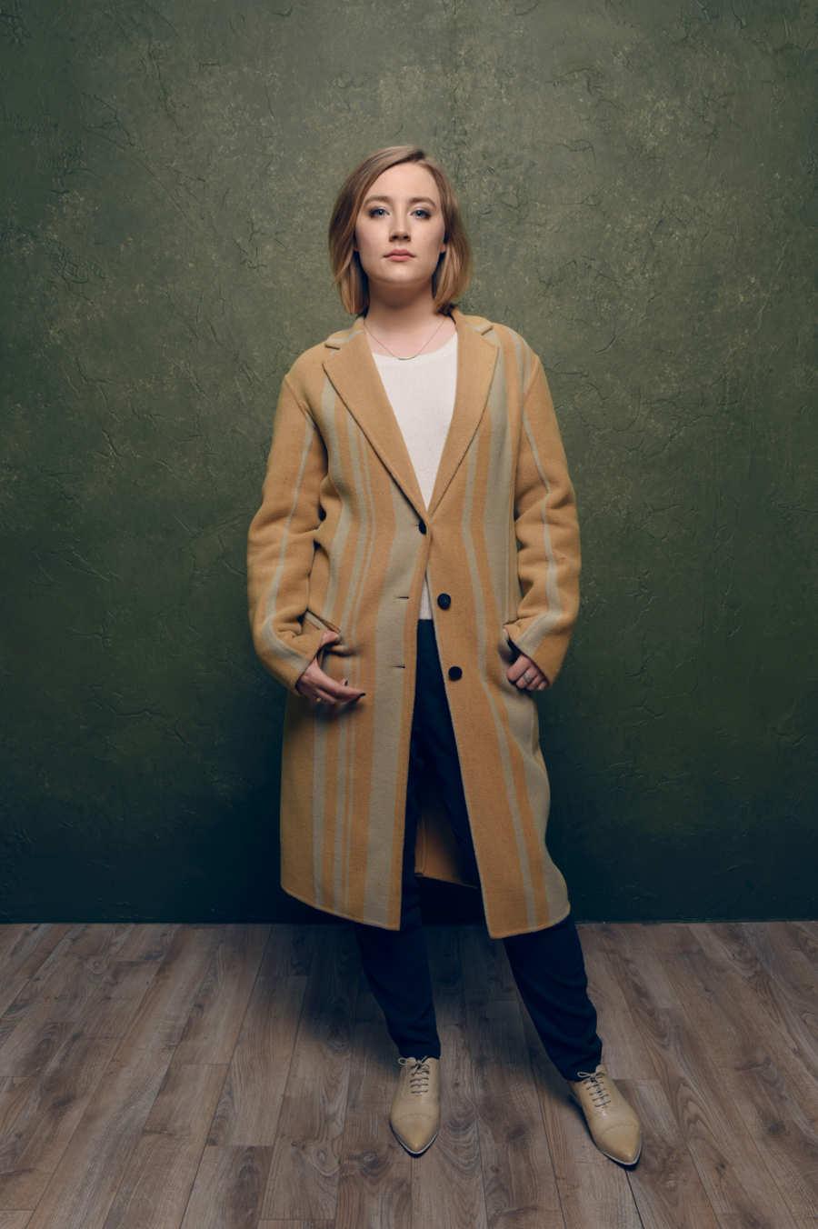 Saoirse-Ronan-32-03232017.w450.h676.2x.jpg