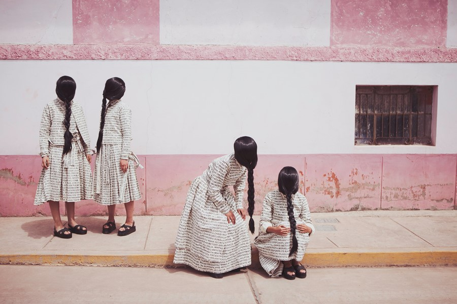 Lucia Cuba, La Espera (The Waiting), 2013