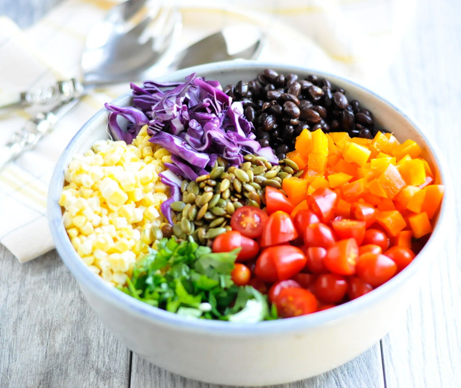 Easy Southwest Quinoa Bowls #vegan #glutenfree