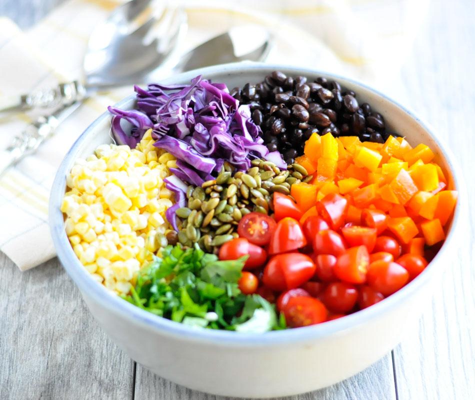 Easy Southwest Quinoa Bowls realfooodwholelife.com