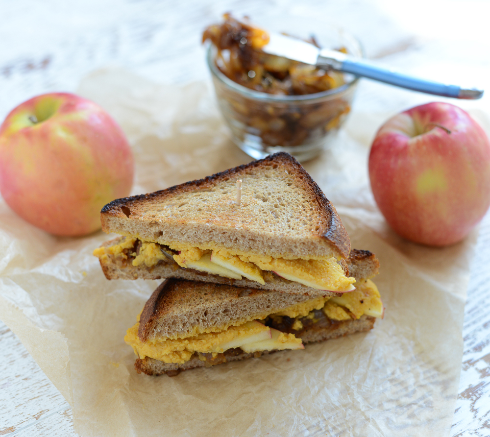 Grilled Hummus, Apple, and Caramelized Onion Sandwiches are an easy, delicious alternative to grilled cheese sandwiches! Naturally gluten- and dairy-free.