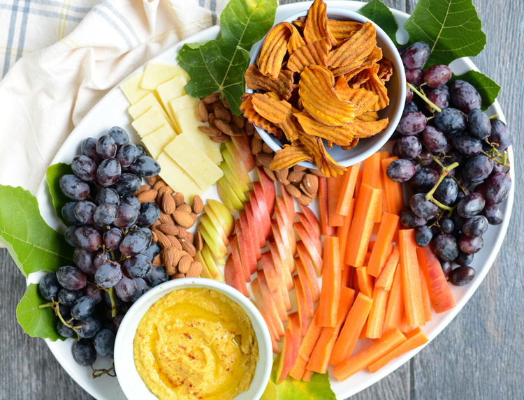 Fall crudites platter, perfect for Thanksgiving Day!