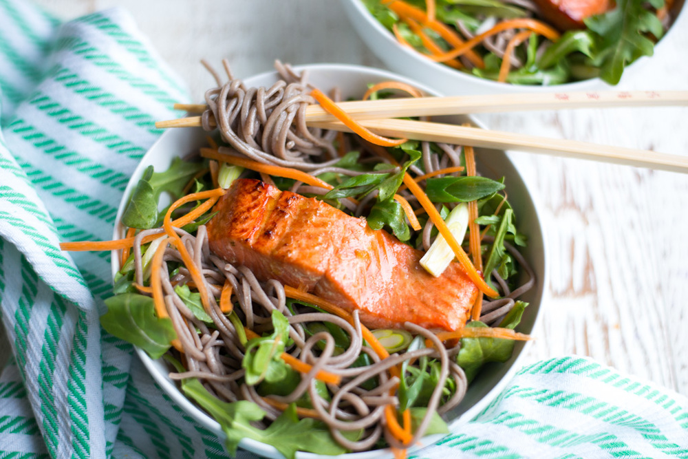 Salmon Soba Noodle Bowls via this week's Real Food Meal Plan