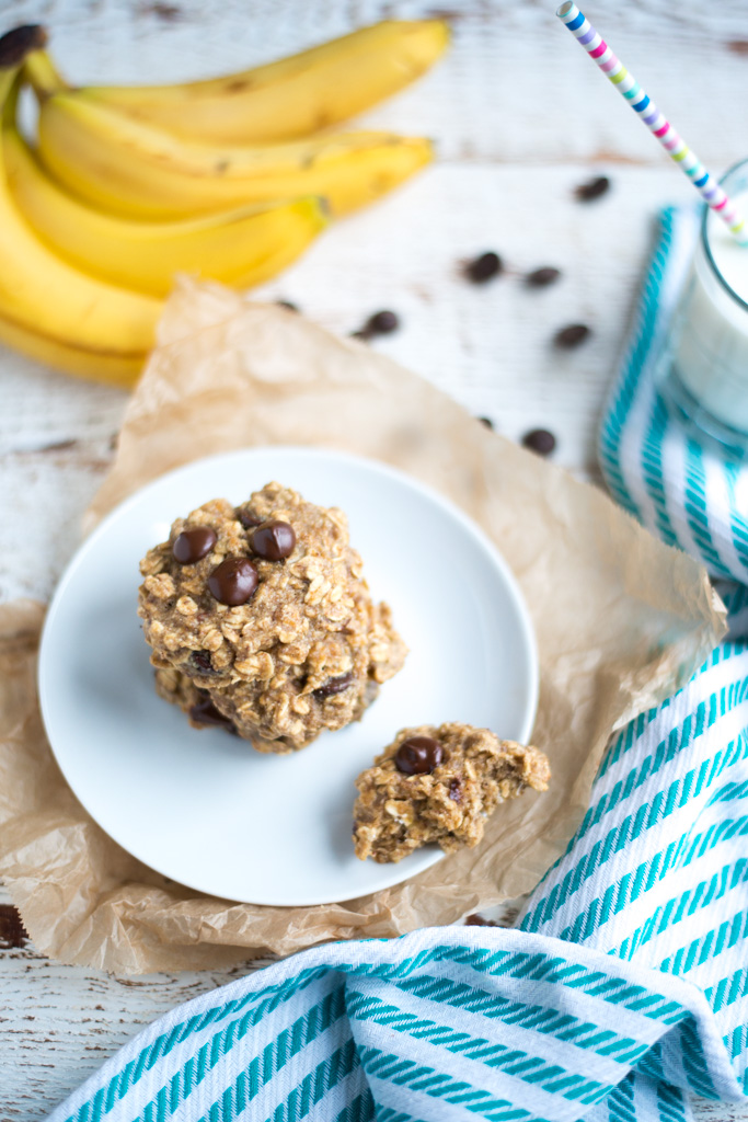 One-Bowl Banana Oat Chocolate Chip Breakfast Cookies