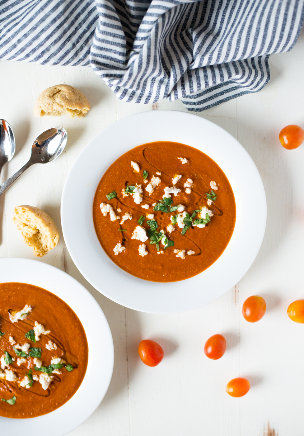 Instant Pot Creamy Tomato Soup comes together in a matter of minutes and is creamy, dreamy, sweet and savory. Say hello to your new favorite paleo, whole30, vegan soup recipe! #realfoodwholelife #realfoodwholeliferecipe #paleo #paleorecipe #instantpot #whole30 #whole30recipe #pressurecooker #glutenfree #dairyfree #instantpotrecipe #simple #easy #healthy #cleaneating