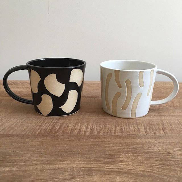 Ahhh who doesn't love a lazy Sunday morning? Why not make it even more cosy with these his 'n' her mugs. The large handles are big enough to get your mitts around for that extra cosy feel. All handmade by the talented Hannah, in her garden studio in North London. #sustainableliving #giftshop #ethical #eco #sustainable #organic #organiccotton #organicliving #chemicalfree #fairtrade #homewares #interiorinspiration #interior_design #homesinterior #ecofriendly #naturalliving #handmadeaccessories #handmadeshop #shophandmade #handmadegifts #homeinterior #homeliving #interiordecorating #sustainableluxury #mugs #ceramic #ceramics #kitchenware #pottery #mugs