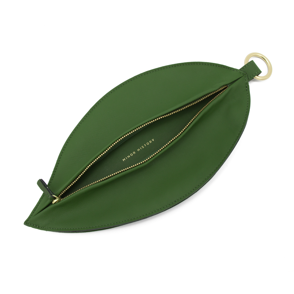 Leaf_Clutch_-_Inside_1200x.png