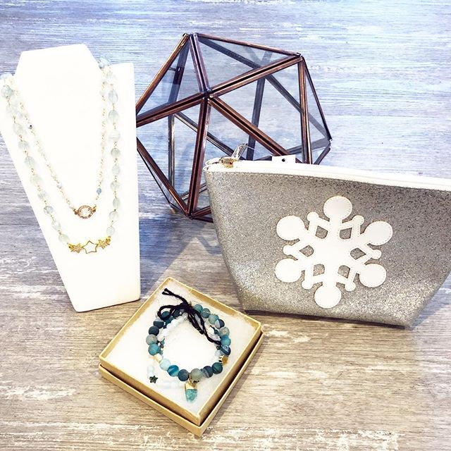 Let us help you find the perfect gifts for everyone on your list including you! Open 10-5 and 20% Off Everything! (Fur excluded) #giftideas #giftsforher #undeuxtroisstyle #sparkle #winterstyle #holidayshopping #shopsmall #boutique #musthave