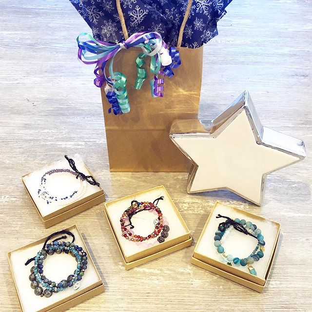 Add a little sparkle to any gift with @nuecollection jewelry! 20% off everything (excludes fur)! Open 11-5 today and @jennyeyebrows is here! #holidayshopping #sparkle #nuecollection #undeuxtroisstyle #giftideas #jewelry #shopsmall #boutique