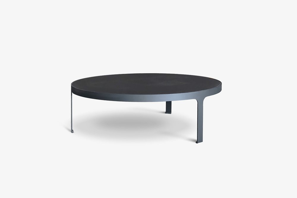 Journal coffee table round black