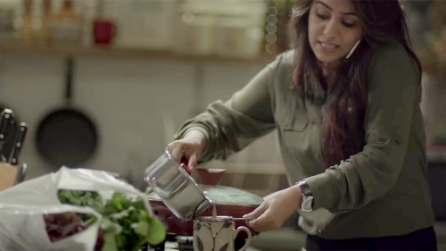 Ariel India's commercial uses housework as a lens for examining gender roles.