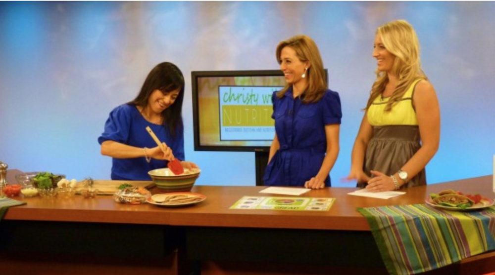 My debut TV appearance on KGUN9 ABC's  The Tucson Morning Blend  show on October 2, 2012 where I prepared this quick and healthy recipe.