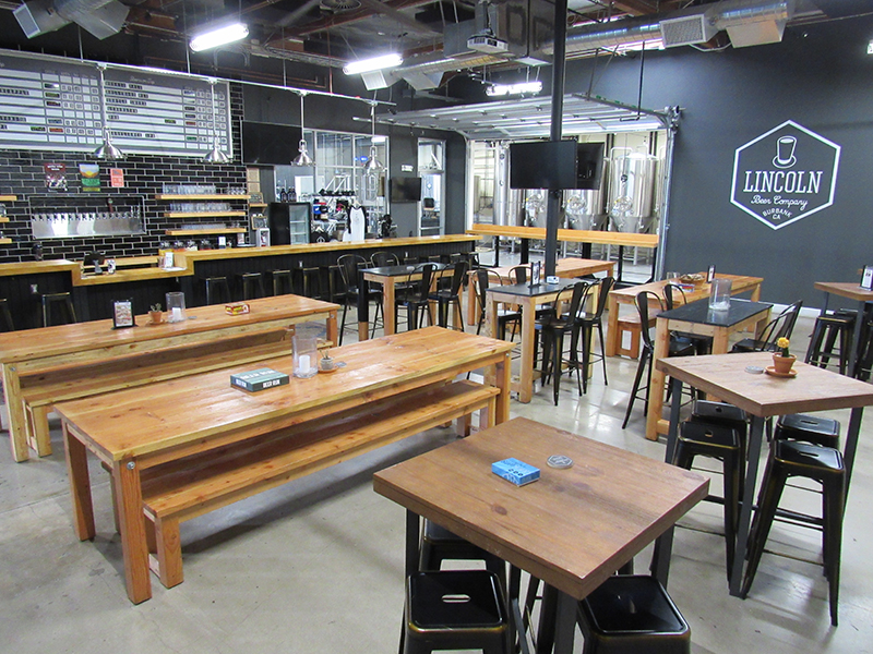 DAYTIME: TAPROOM LAYOUT TOWARD BREWERY