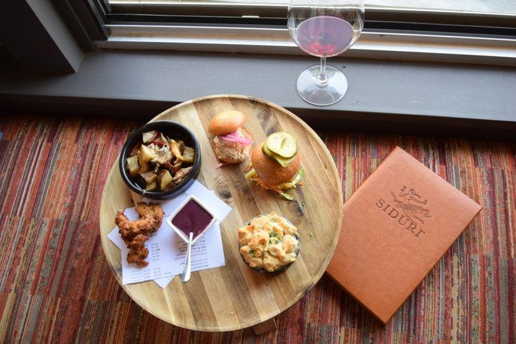 <b>Sip on This Juice</b> A Luxury Food & Wine Trip: Downtown Healdsburg