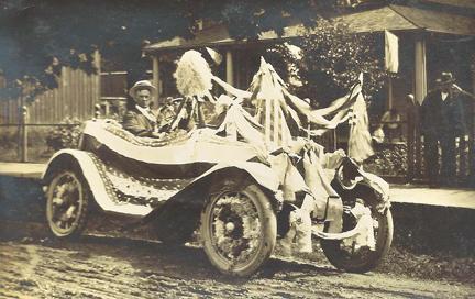 History-July4PrizeCar-1921.jpg