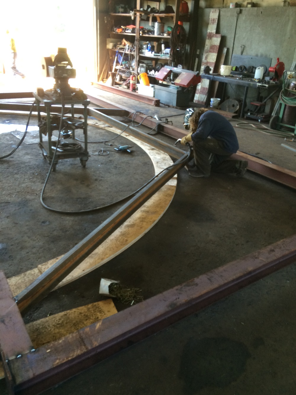 14 finishing up the frame for the curved wall .jpg