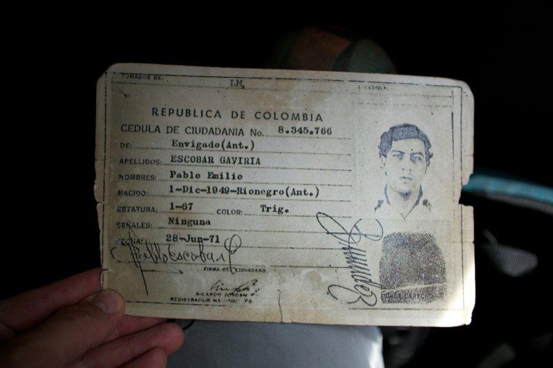 Black-Bear-Brand-Rob-Gallaher-Colombia-08.jpg