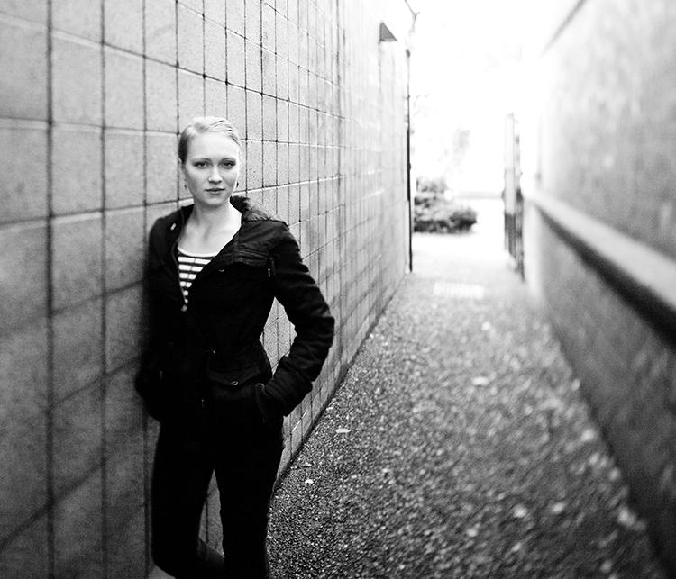 LARA TEDROW, Designer