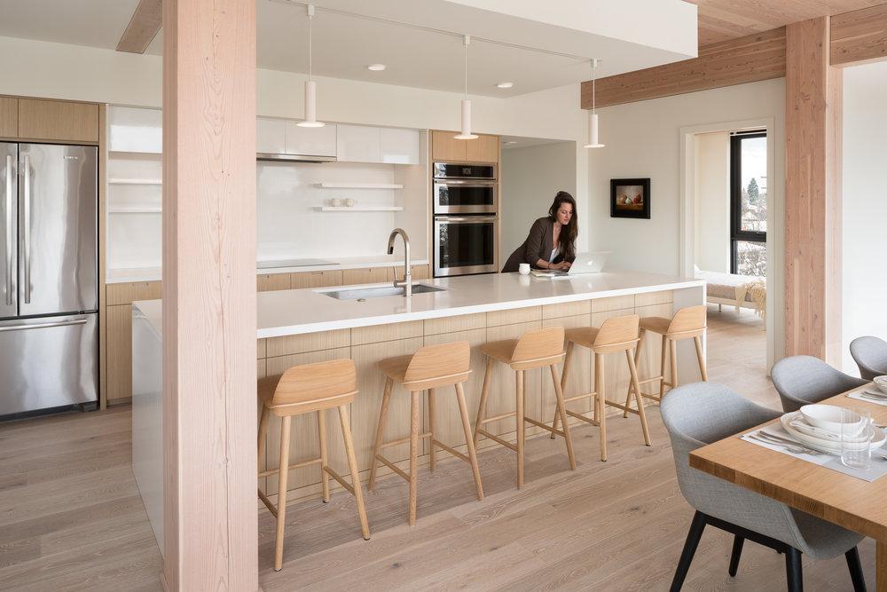 C12-kitchen-jpg.jpg