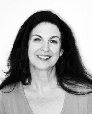 Deborah+Kapoor+-+Head+Shot.jpg