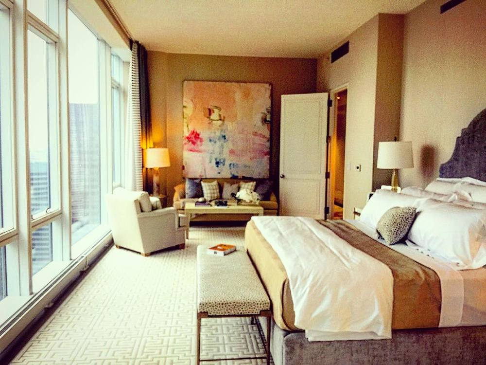 ᴄɪᴛʏ ʙᴇᴅʀᴏᴏᴍ ᴇɴᴠʏ  💗⭐️😴  ||  #nyc #bedroom #citylife #art #interiordesign #luxury #architecture #openhouseny (at New York, New York)