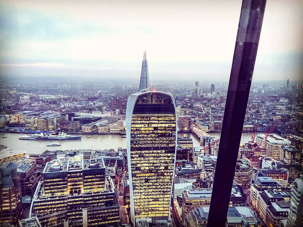 View from the top of the brand new Leadenhall Building, after taking Europe's fastest (most ear popping) elevator 👽🌃 #london #walkietalkie  (at Leadenhall Tower)