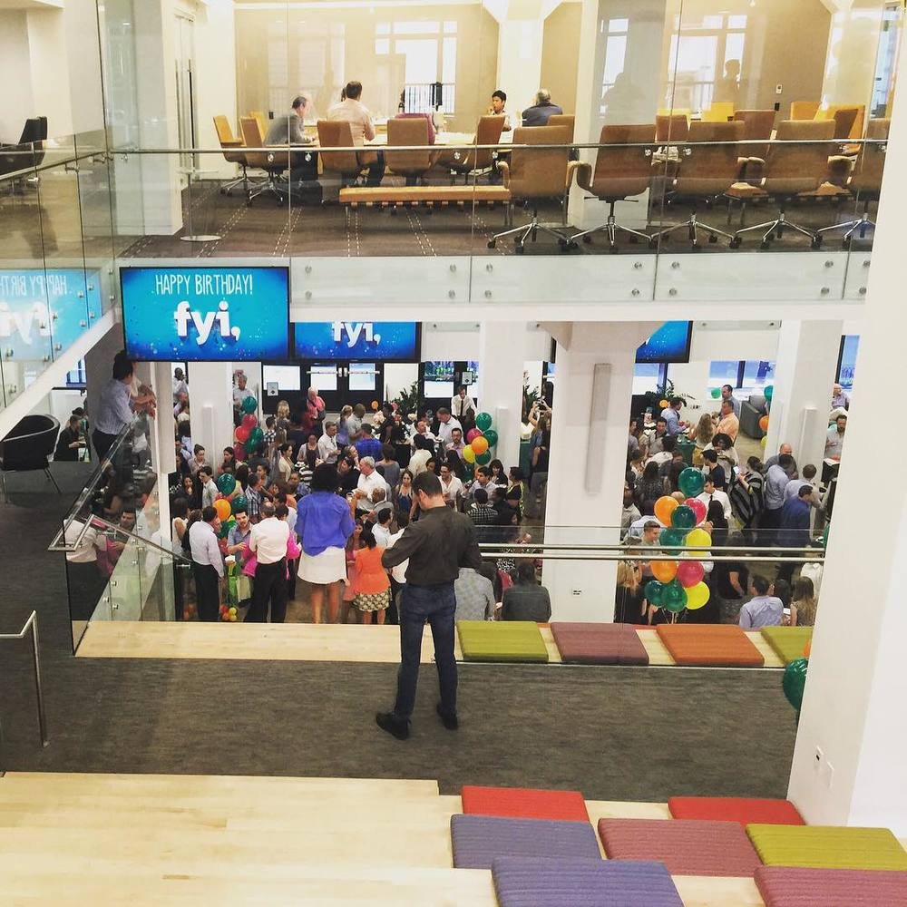 This was def not happening while I was here 🎈🎉🍹 #TuesdayAfternoonDrinks @fyi  (at A & E Television Networks)