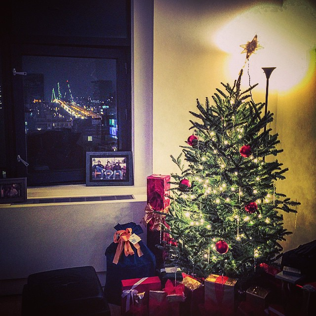 'Tis the season 🎁🎅💛🎄🎁 (at Lower East Side)