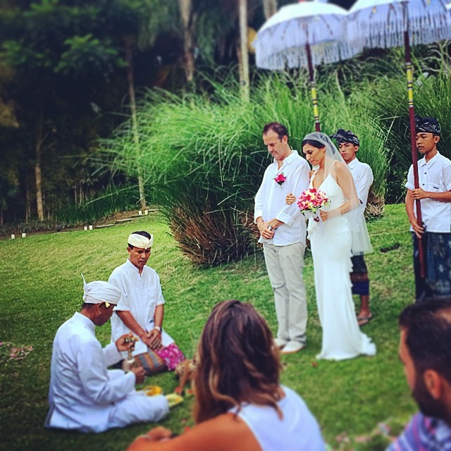 Just wow. 😍 #peterlovesnadja #bali #baliwedding @nadjasumter @soyonabanana @coquillardp (at Villa Atas Awan (Ubud) Bali)